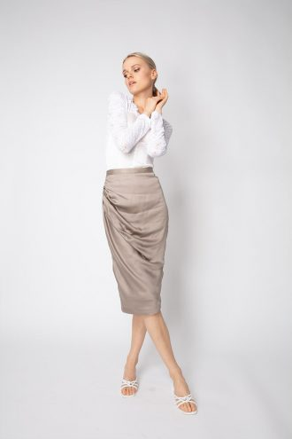 Figure-hugging ruched skirt